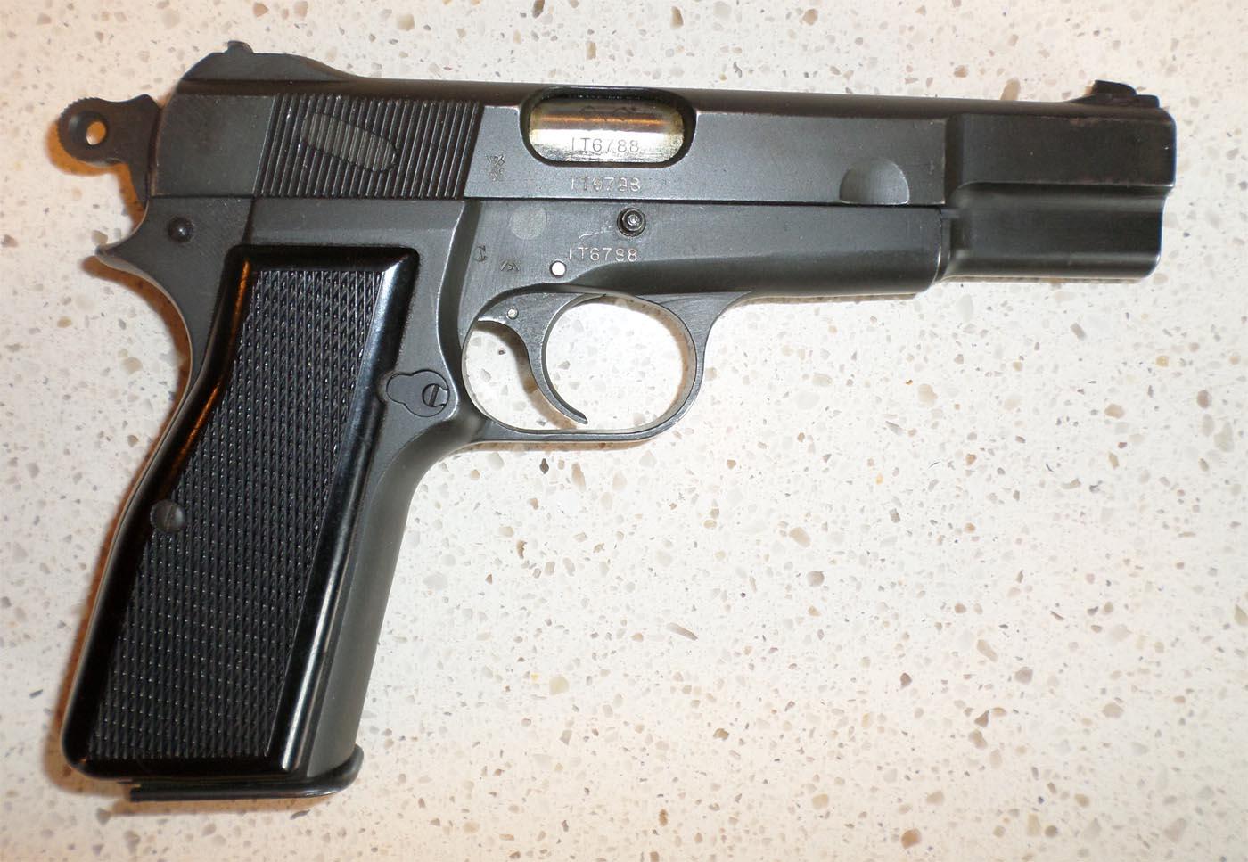 Browning HP MK I*